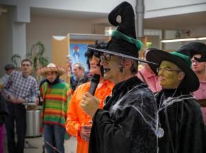 Um 11:11 Uhr: Unser Vorstandsvorsitzender Prof. Marquardt eröffnet die Karnevalsparty.